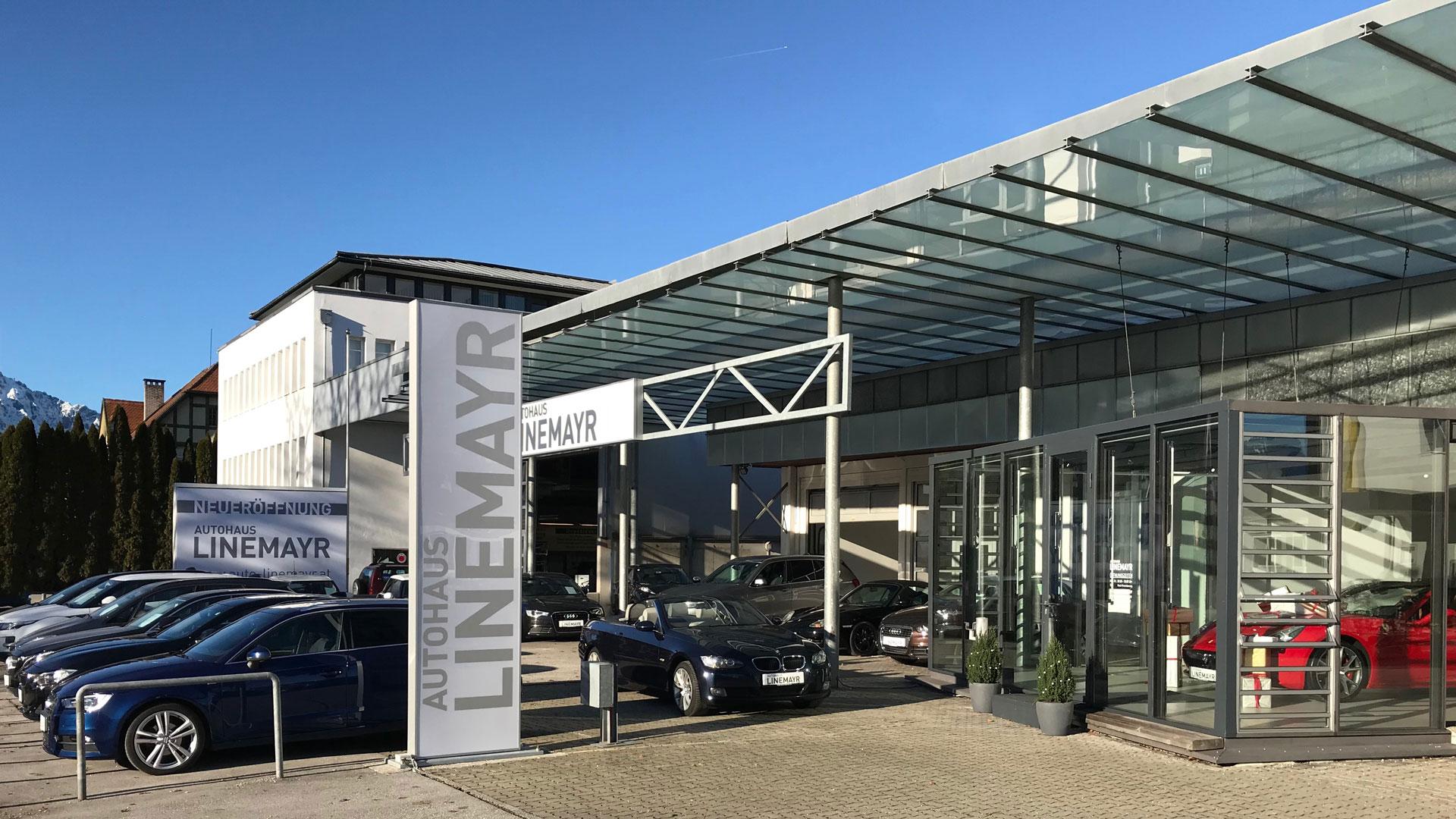 Foto vom Autohaus Linemayr bei Tag